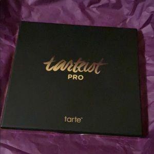 tarte Makeup - 💜💕Tarte tarteist pro palette💕💜